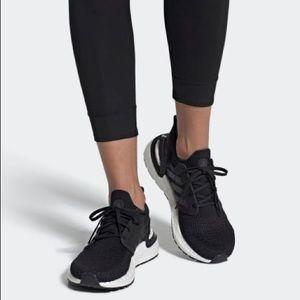 Adidas Ultraboost 20 Running Shoe in Black, Sz 7